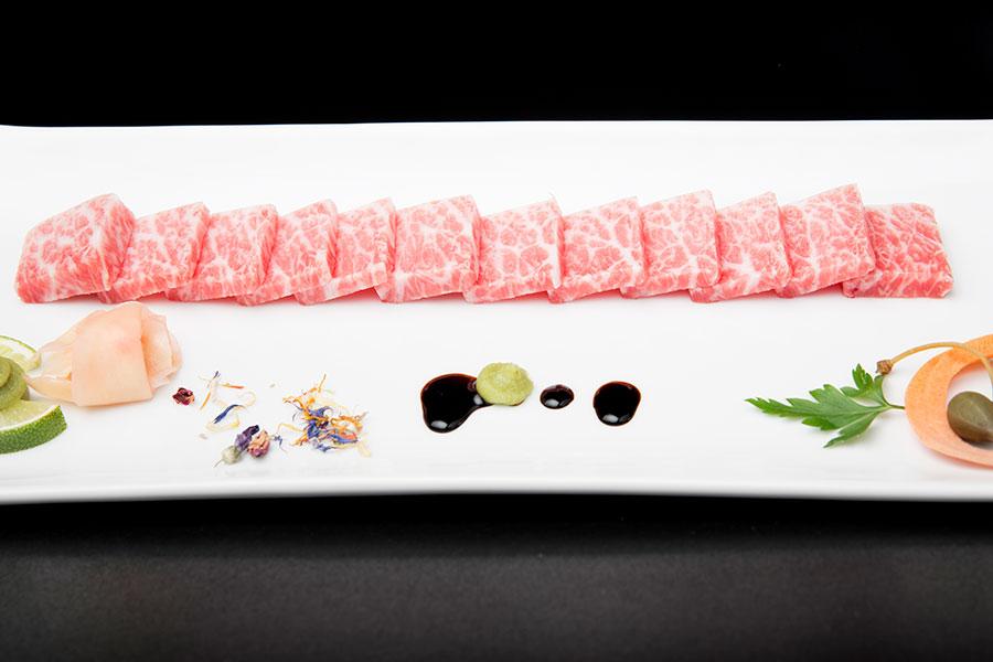 fotos gastronómicas para plato al centro