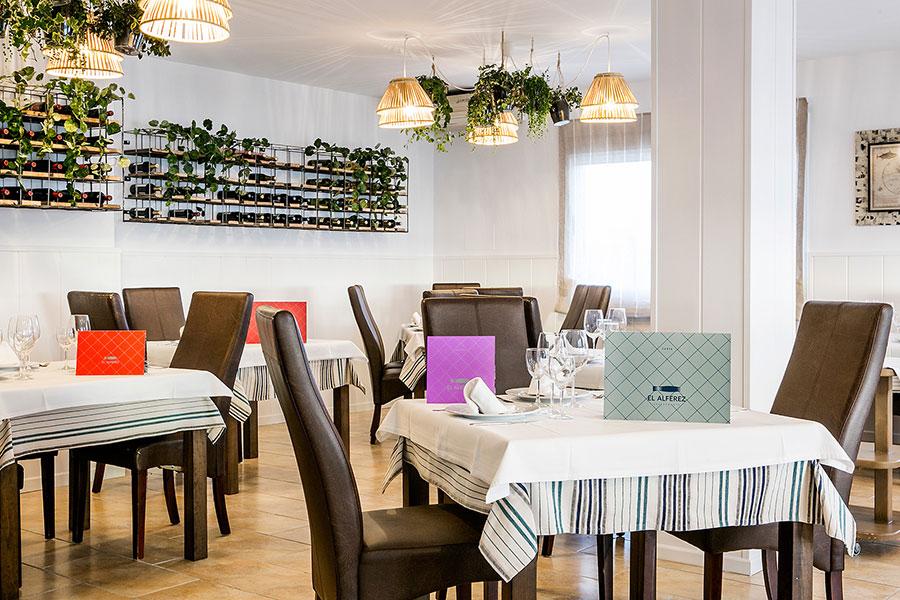 Restaurante el Alférez detalles de mesas