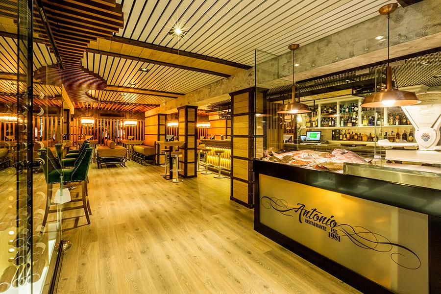 Interior restaurante antonio