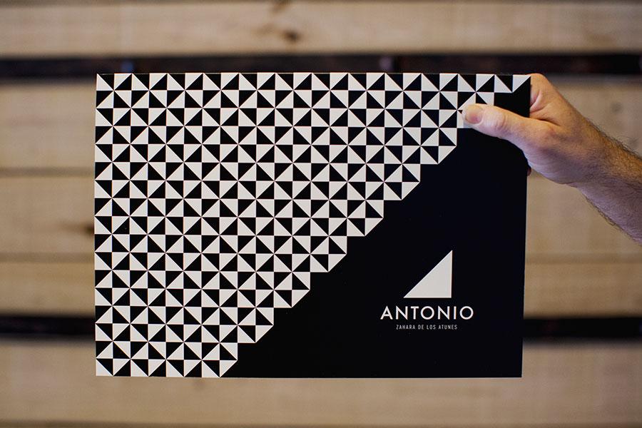 diseño de cartas restaurante antonio